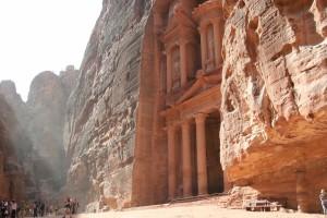 Jordan_d4_Petra_treasury ray